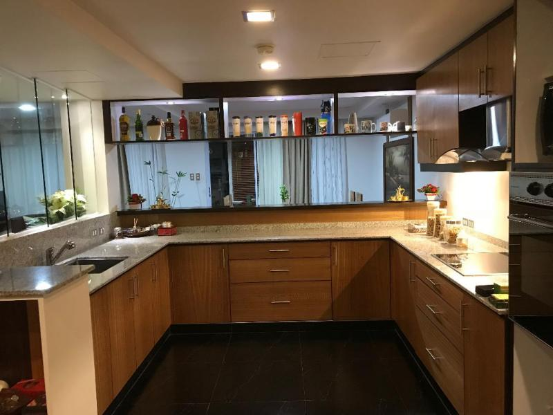 Clean Kitchen Modular kitchen